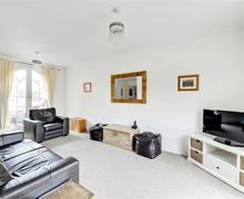 Snaptrip - Last minute cottages - Wonderful Brighton Marina Village Rental S12677 - Living Room - View 1