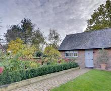 Snaptrip - Last minute cottages - Cosy Smarden Cottage S42092 - AS261 - The Snug