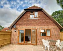 Snaptrip - Last minute cottages - Cosy Frittenden Rental S10401 - CB603 Exterior