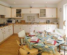 Snaptrip - Last minute cottages - Superb Bembridge Cottage S14161 -