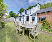 Snaptrip - Last minute cottages - Splendid  Rental S10480 - CB622 Garden