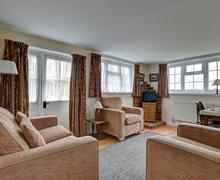Snaptrip - Last minute cottages - Quaint Hawkhurst Rental S10482 - CB545 - Sitting room new