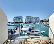 Snaptrip - Last minute cottages - Quaint Brighton Marina Rental S12648 - BB28WE - Balcony