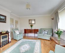 Snaptrip - Last minute cottages - Superb Rottingdean Rental S12650 - BBDEAN - Sitting Room