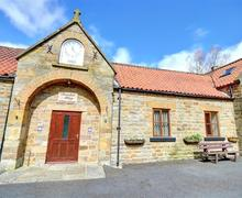 Snaptrip - Last minute cottages - Stunning Rosedale Abbey Nr Pickering Rental S10877 - Exterior - View 1