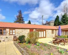 Snaptrip - Last minute cottages - Gorgeous Rosedale Abbey Nr Pickering Rental S10730 - Exterior - View 2