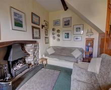 Snaptrip - Last minute cottages - Attractive Nr Settle, Ribblesdale. Rental S12705 - Lounge - View 1