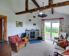 Snaptrip - Last minute cottages - Gorgeous Worston Cottage S72382 - Sitting Room