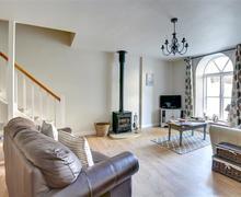 Snaptrip - Last minute cottages - Superb Leyburn Cottage S49690 - Lounge - View 3