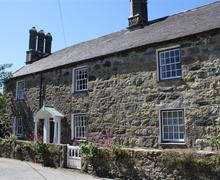 Snaptrip - Last minute cottages - Cosy Abersoch Cottage S73705 - TYNLLA - Exterior View 1
