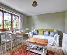Snaptrip - Last minute cottages - Wonderful Welshpool Rental S11241 - WAB257 - Living Room - View 1