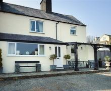 Snaptrip - Last minute cottages - Captivating Llanbedrog Cottage S73697 - THEOLD - Exterior View 1