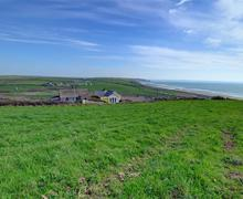 Snaptrip - Last minute cottages - Attractive Newgale Rental S11444 - WAV301 - View