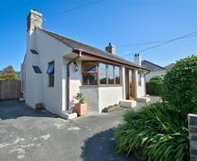 Snaptrip - Last minute cottages - Splendid Abersoch Cottage S73696 - CRUDYG - Exterior View 1