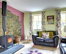 Snaptrip - Last minute cottages - Splendid Llanrwst Cottage S46102 - FL011 - Lounge View 4