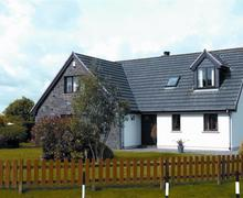 Snaptrip - Last minute cottages - Attractive Jeffreyston Cottage S43766 - Holiday cottage Jeffreyston Sleeps 6