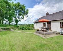Snaptrip - Last minute cottages - Beautiful Lampeter Rental S11300 - WAS396 - Exterior View 1