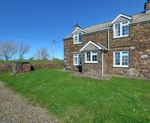 Snaptrip - Last minute cottages - Gorgeous Haverfordwest Rental S11234 - WAV366 - Exterior - View 1