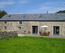 Snaptrip - Last minute cottages - Cosy Moelfre Cottage S46098 - FL049_out.jpg
