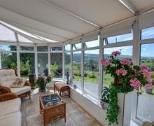 Snaptrip - Last minute cottages - Tasteful Corwen Rental S12475 - WAF185 - Conservatory