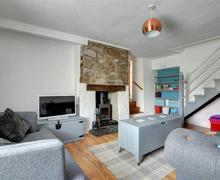 Snaptrip - Last minute cottages - Gorgeous Cardiff Cottage S70821 - WAY222 - Sitting Room