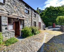 Snaptrip - Last minute cottages - Cosy Conwy Rental S11281 - WAG309 - Exterior View 2