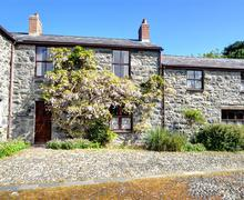 Snaptrip - Last minute cottages - Quaint Conwy Rental S11279 - WAG313 - Exterior View 1
