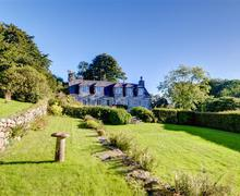Snaptrip - Last minute cottages - Adorable Dolgellau Rental S11456 - Exterior - View 2