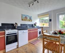 Snaptrip - Last minute cottages - Delightful Trearddur Bay Cottage S72855 - WAI205 - Kitchen Diner - View 1