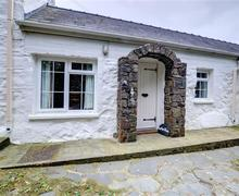 Snaptrip - Last minute cottages - Excellent St David's Rental S11356 - Exterior