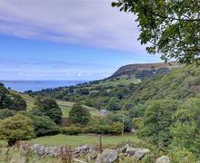 Snaptrip - Last minute cottages - Delightful Llanfairfechan Rental S11437 - Anglesey & Puffin Island from Camarnaint