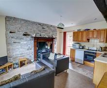 Snaptrip - Last minute cottages - Charming Brecon Rental S11316 - WAL301 Living Space