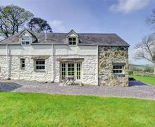 Snaptrip - Last minute cottages - Adorable Betws Y Coed Cottage S46093 - FL008 - Exterior View 1