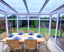 Snaptrip - Last minute cottages - Beautiful Fairbourne Rental S11458 - WAH670 - Dining Conservatory