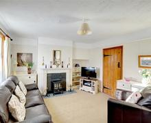 Snaptrip - Last minute cottages - Tasteful Llanwrtyd Wells Rental S11326 - Sitting Room