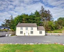 Snaptrip - Last minute cottages - Captivating Llanidloes Cottage S57394 - WAA187 - Exterior View 1