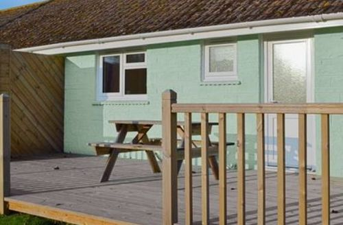 Snaptrip - Last minute cottages - Superb Ryde Cottage S14310 -