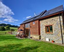 Snaptrip - Last minute cottages - Stunning Builth Wells Rental S11296 - WAL356 - Exterior View 1