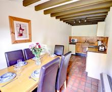 Snaptrip - Last minute cottages - Excellent Conwy Rental S11341 - Dining
