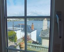 Snaptrip - Last minute cottages - Stunning Polruan Rental S26217 - view from leos dining room