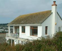 Snaptrip - Last minute cottages - Captivating Polruan High Village Rental S26215 - Cherry Tree 1