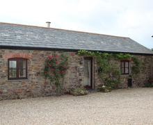 Snaptrip - Last minute cottages - Exquisite North Cornwall Cottage S69792 - The Old Dairy front