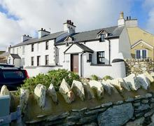 Snaptrip - Last minute cottages - Exquisite Anglesey Cottage S44990 - Snowdon-View-exterior-16