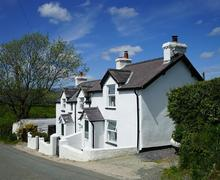 Snaptrip - Last minute cottages - Gorgeous Conwy Valley Cottage S26963 - Rose-Cottage-exterior-15