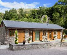 Snaptrip - Last minute cottages - Splendid Clydach Cottage S40107 - HAYMANS STABLE
