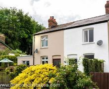 Snaptrip - Last minute cottages - Splendid Brecon Town Cottage S58171 - Bedes Cottage Web Jpegs-4566