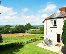 Snaptrip - Last minute cottages - Exquisite Llanigon Cottage S40321 - 120810-the-lea-02-web