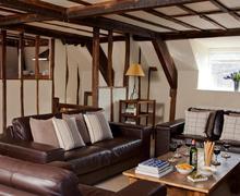Snaptrip - Last minute cottages - Tasteful Hay On Wye Cottage S40157 - AIHsofas6111