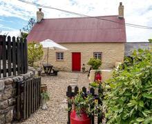 Snaptrip - Last minute cottages - Adorable Ystradgynlais Cottage S40176 - Old Thatch Cottage Llandeilo Web-8234