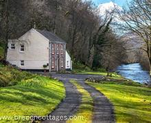 Snaptrip - Last minute cottages - Attractive Ystradgynlais Cottage S57732 - Parc House Web Jpegs-3004